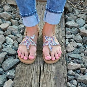 Colorful rhinestone Bamboo sandals